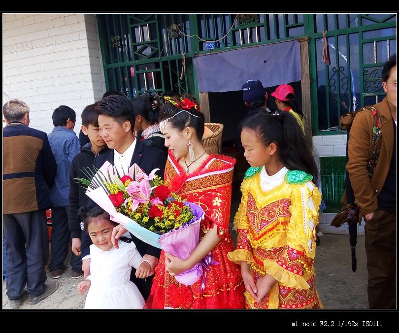 新娘很漂亮